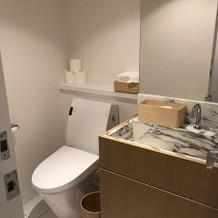 新郎新婦専用トイレ