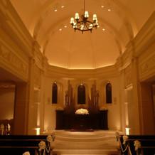 チャペル内、祭壇