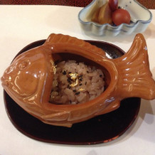 鯛の器のお赤飯
