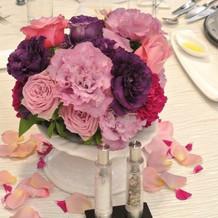 各卓のお花も会場に合わせてキレイでした!