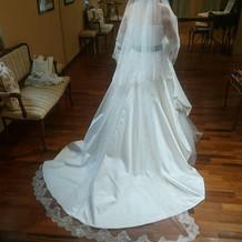イタリア製のドレス。リボン替えた