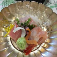 幻の魚とも言われるアラの刺身。