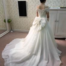 素敵なドレスを選べました。