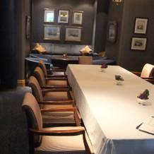 ル・ノルマンディの親族控え室
