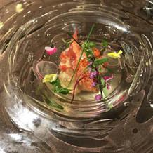 オマール海老の前菜。