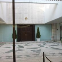チャペル中庭