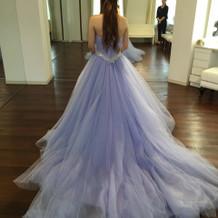 色が綺麗なカラードレス