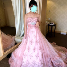 ドレスです。