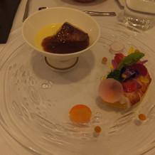 フォアグラの前菜とオマールエビの前菜