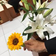挙式会場装花は生花です