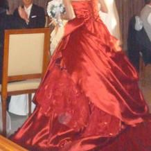カラードレス赤