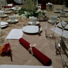 テーブル装花その2とクロス&ナフキン