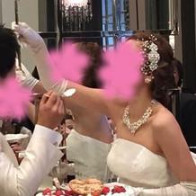 白ドレスの小物3点は友人の手作りです。