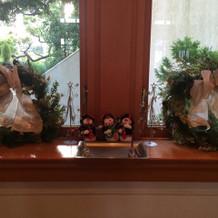 会場の方が飾ってくださったクリスマス装飾