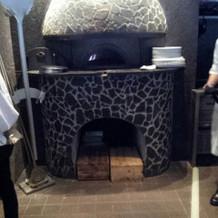 手作りピザの演出可能なピザ窯