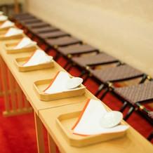 神殿にて神前式中のゲスト用のお席