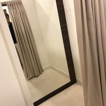個室で着付けができるスペース