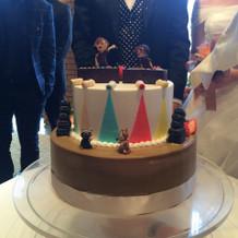 オリジナルデザインのケーキ