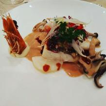 白身魚と海老のポワレ