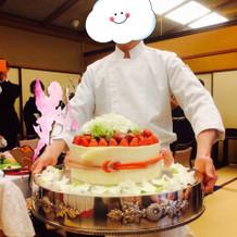 ケーキ入場!