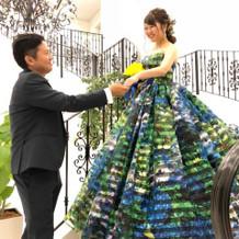 蜷川実花さんのドレスです