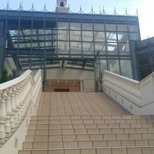 教会の外階段