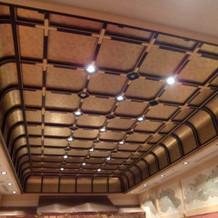 屋根の形が変わっている