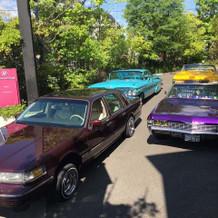 玄関に趣味の車を飾る演出が叶った。