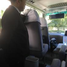 無料の送迎バス。新大阪から。