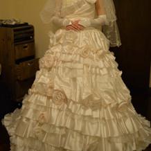 妊娠中でも着れるドレスありました