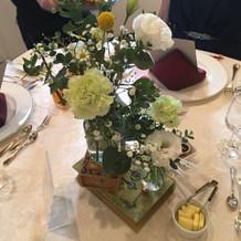 テーブル装花とコーディネート