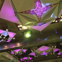 桜の間?の天井