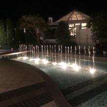 今回利用したマリブ邸の噴水