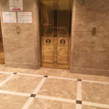タワー館のエレベーターは3基