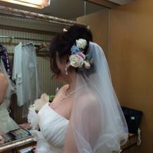 手作り髪飾り(ドレス用)と持ち込みベール