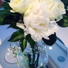 デーブルに飾られてたお花