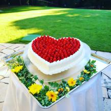 可愛いハートのケーキ