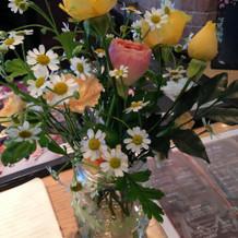 ゲストテーブルのお花!