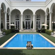 ヴィクトリアハウスのガーデン・プール