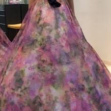 ウエディングドレスと同じブランドのもの