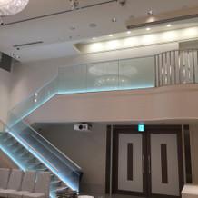 こちらも階段あります。