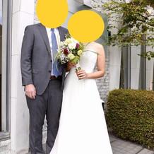 妻のドレスはレンタルで11万円。