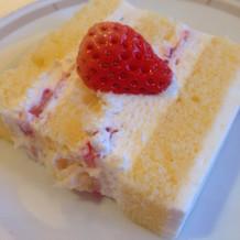 希望通りのウエディングケーキで満足です。
