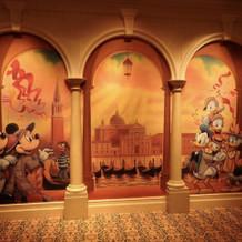 会場内に唯一あるキャラクターの描かれた壁