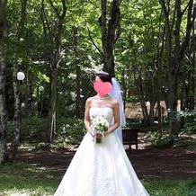 挙式時のウエディングドレス