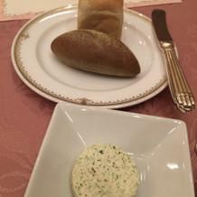 パンと海藻バター