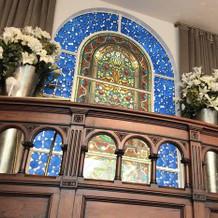 高い位置にある祭壇。
