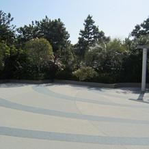 チャペル横の庭