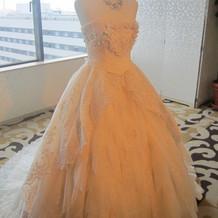 ハートのウエディングドレス