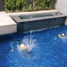 お庭の噴水